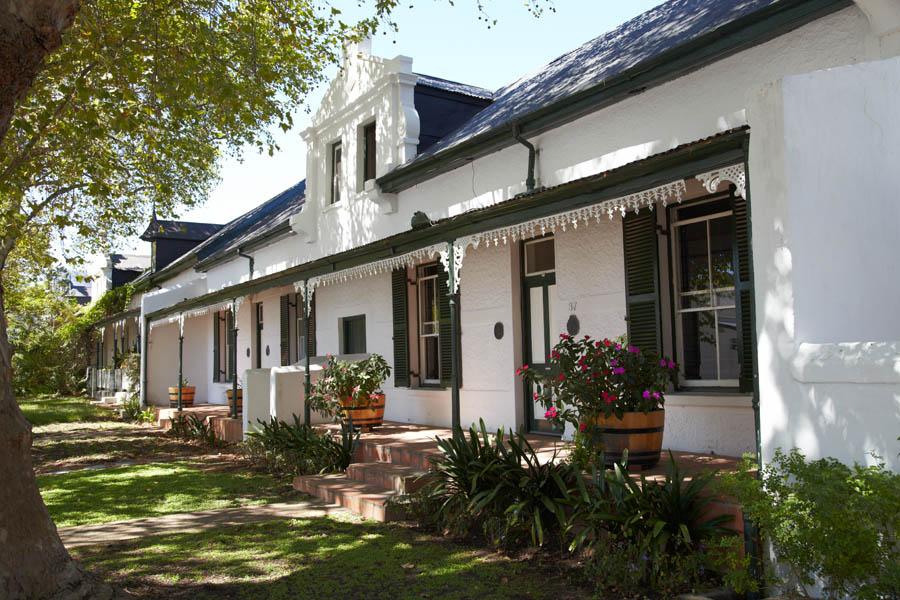 Ett traditionellt hus i den gamla staden i Stellenbosch